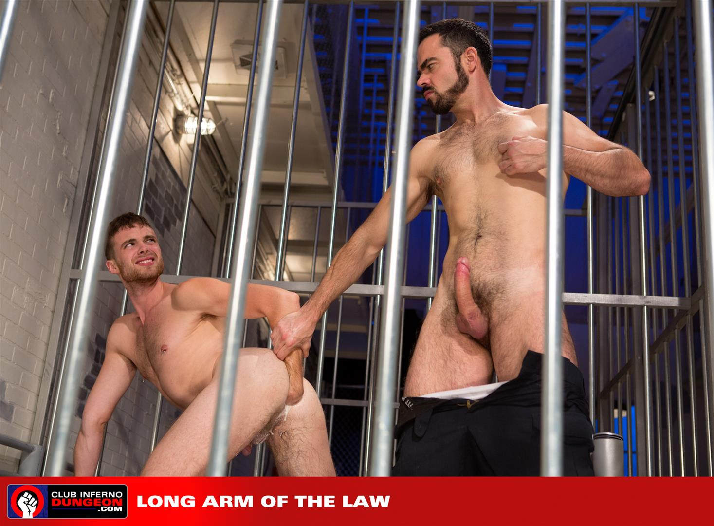 Club-Inferno-Brandon-Moore-and-Dolan-Wolf-Prison-Guard-Fisting-an-Inmate-Amateur-Gay-Porn-14 Prison Guard Fisting A Repeat Offender In Jail