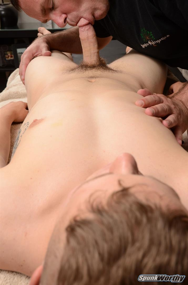 Spunk-Worthy-Sean-Straight-Marine-Getting-Massage-With-Happy-Ending-Amateur-Gay-Porn-11 Straight Marine Gets A Massage With Happy Ending From A Guy