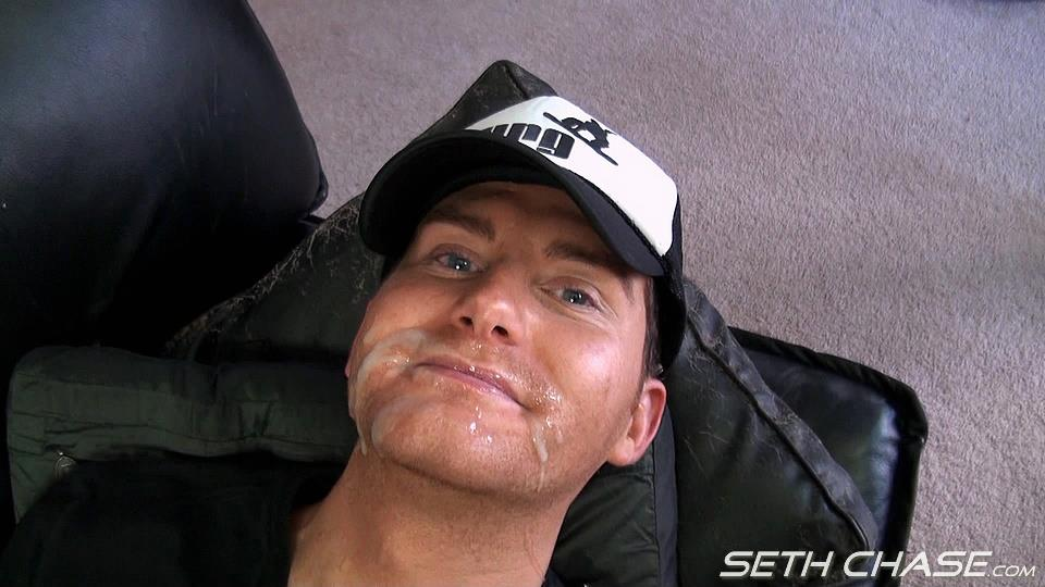 Seth-Chase-Addison-Cooper-Massive-Load-of-Cum-In-the-Mouth-And-Face-Amateur-Gay-Porn-22 Cocksucker Eating A Massive Load of Hot Thick Cum