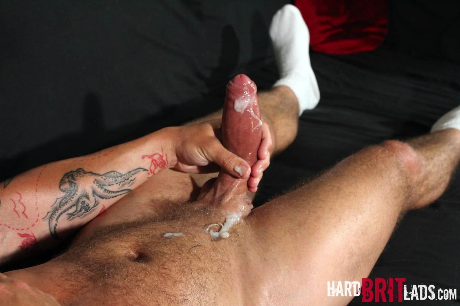 Hard-Brit-Lads-Sam-Porter-British-Muscle-Hunk-With-A-big-Uncut-cock-Amateur-Gay-Porn-24 Tatted Muscle British Hunk Sam Porter Jerking His Big Uncut Cock