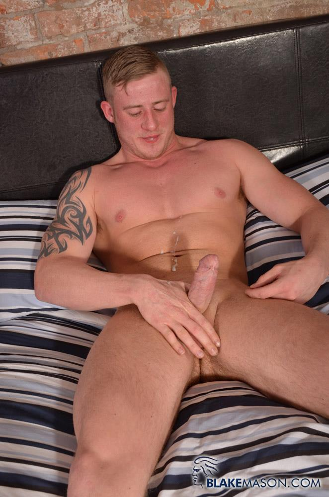 Blake Mason Andy Lee and Liam Lawrence Straight Muscle Hunks With Big Uncut Cocks Amateur Gay Porn 16 Big Uncut Cock Straight Muscle Guys Jerking Off