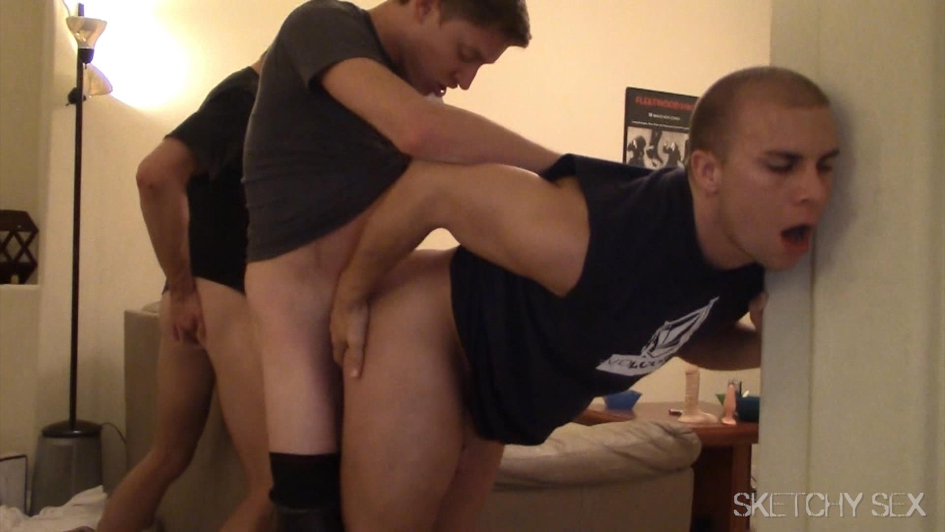 Sketchy-Sex-Anonymous-Bareback-Sex-Party-Big-Dick-Amateur-Gay-Porn-14 Getting Tag Teamed At A Bareback Anonymous Sex Encounter