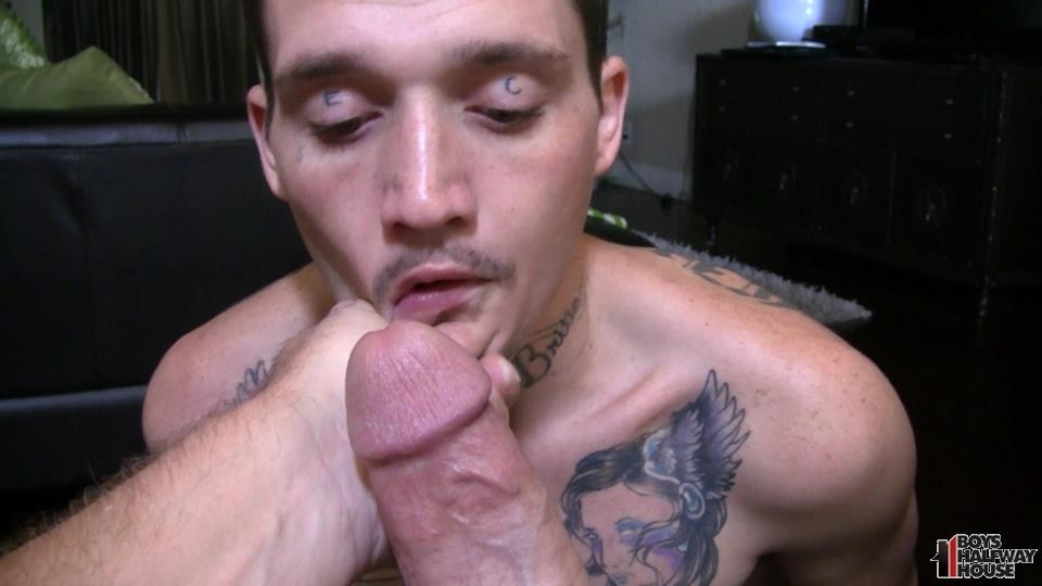 Boys-Halfway-Half-Wayne-Straight-Young-Prison-Thug-Gets-Barebacked-Amateur-Gay-Porn-08 Straight Halfway House Boy Takes A Cock Bareback And Gets Cum In The Face