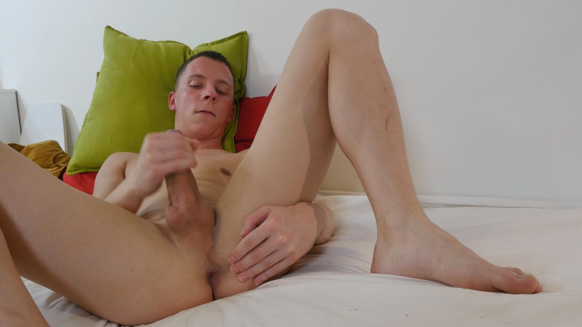 Twink-Boys-Party-Andrew-Kitt-Twink-With-Big-Uncut-Cock-Masturbation-Amateur-Gay-Porn-18 Twink Andrew Kitt Rubbing A Load Out Of His Big Uncut Cock