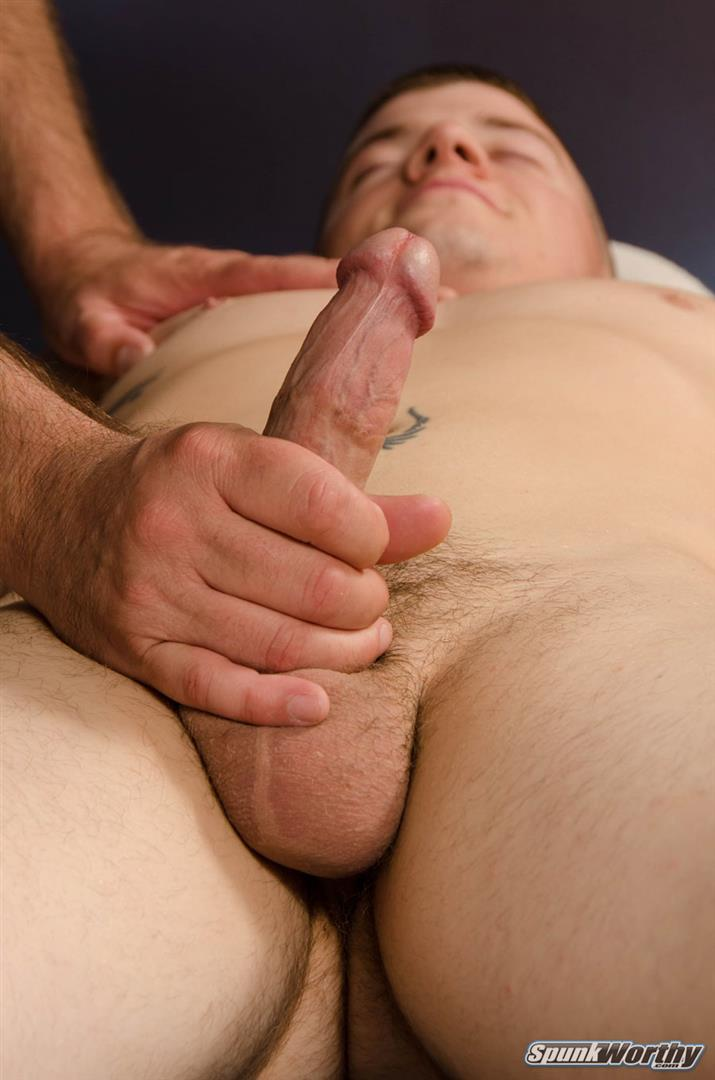 SpunkWorthy-Landon-Army-Guy-Gets-Blowjob-From-Another-Guy-Amateur-Gay-Porn-14 Straight US Army Soldier Gets A Massage With A Happy Ending From Another Guy