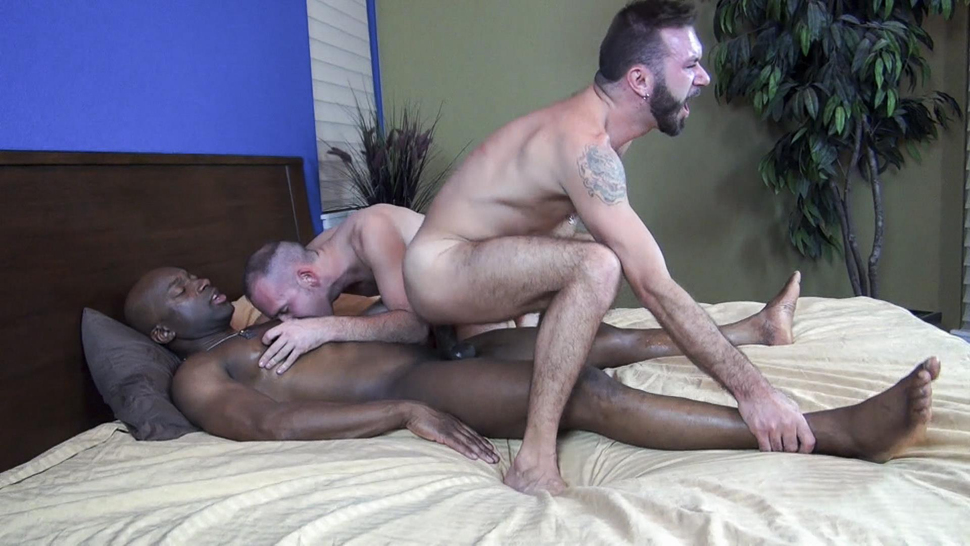 Raw-Fuck-Club-Ethan-Palmer-and-Champ-Robinson-and-Trit-Tyler-Bareback-Interrical-Amateur-Gay-Porn-08 Champ Robinson Shares His Big Black Dick With 2 White Guys