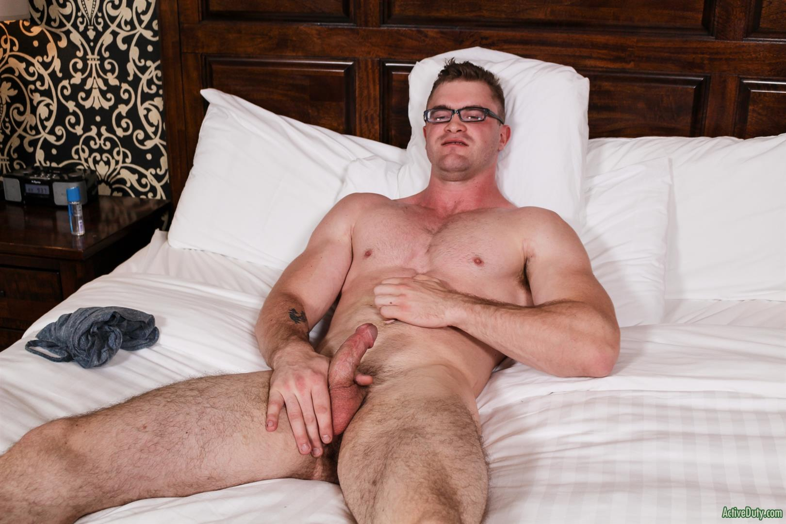 Active-Duty-Scott-Ambrose-Muscle-Naked-Marine-Jerking-Off-Amateur-Gay-Porn-12 Hairy Muscular American Marine Jerks His Thick Cock