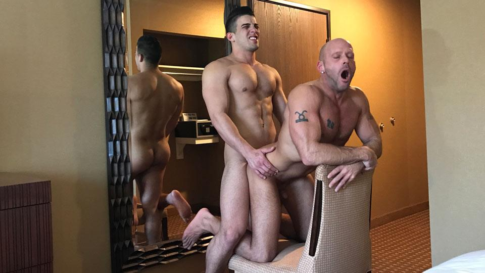 Dominic-Ford-Fucking-in-A-Vegas-Hotel-Free-Gay-Porn-26 Getting Fucked By A Big Uncut Cock In A Vegas Hotel